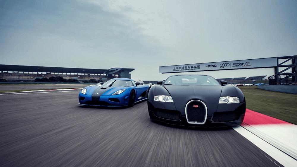 Koenigsegg Agera R и Bugatti Veyron