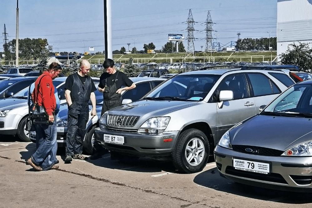 Выбор автомобиля на рынке