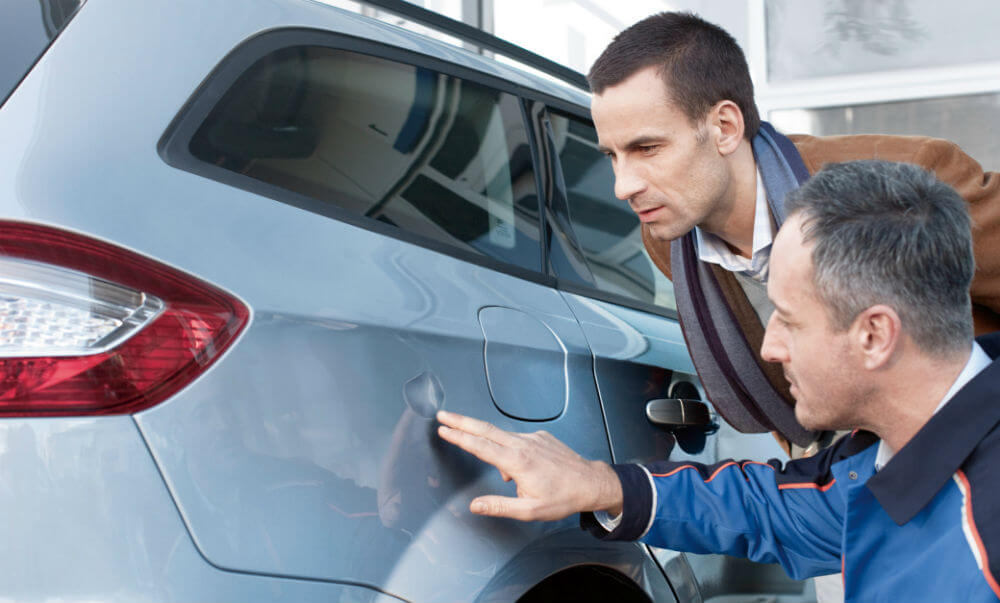 Осмотр кузова при покупке автомобиля