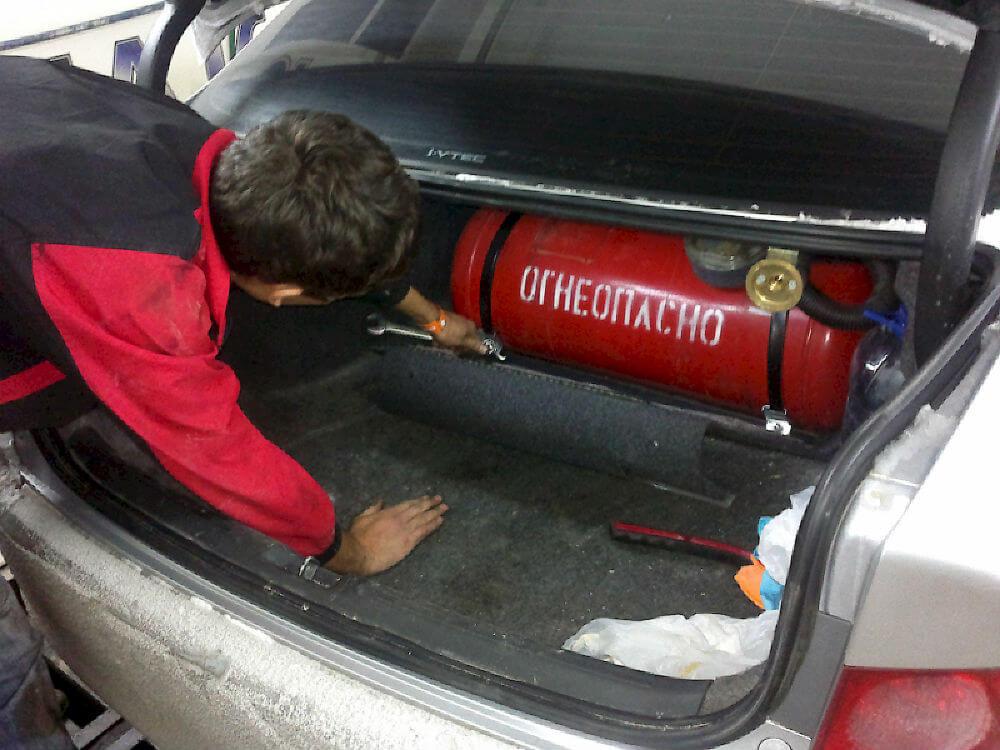 Установка газового оборудования на автомобиль