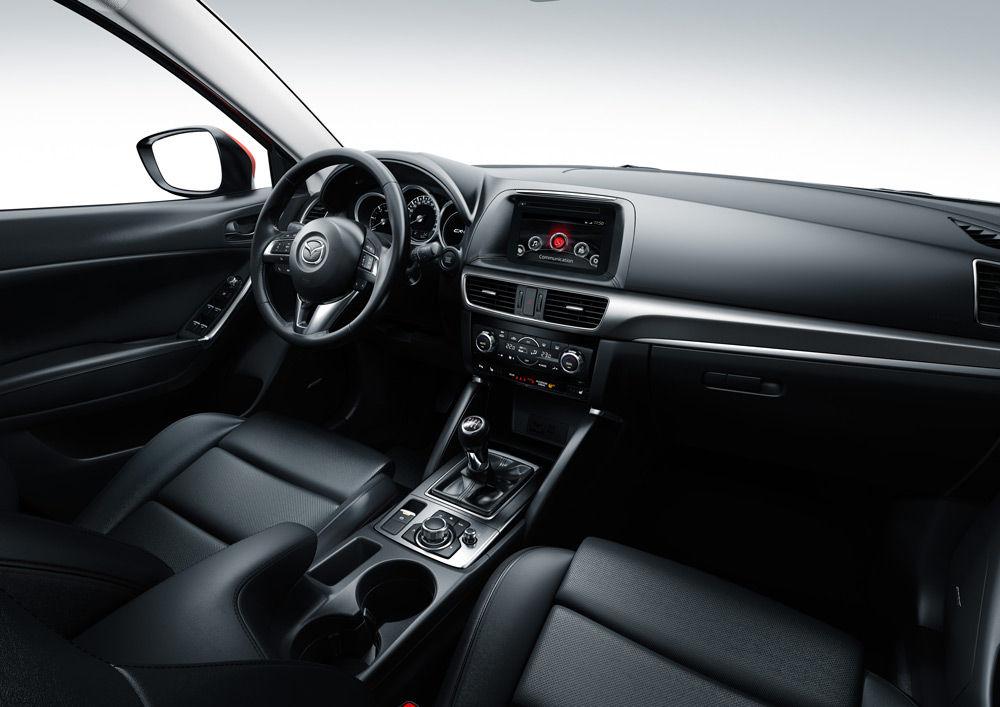 Интерьер автомобиляMazda CX-5