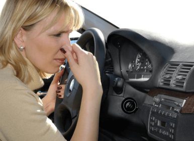 Неприятный запах в салоне автомобиля