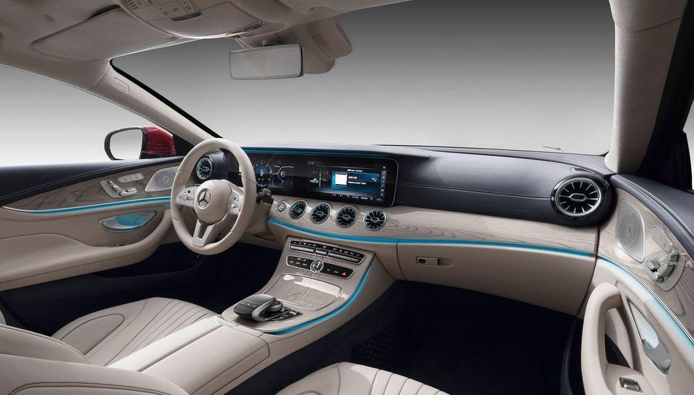 Салон Mercedes-Benz CLS450