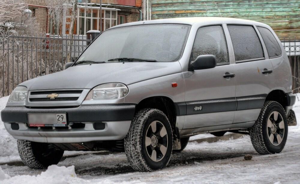 Chevrolet Niva (680 000-820 000)