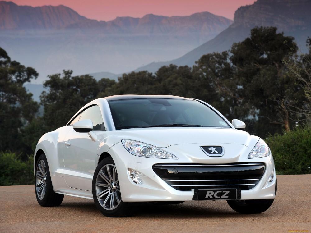 Peugeot RCZ белого цвета
