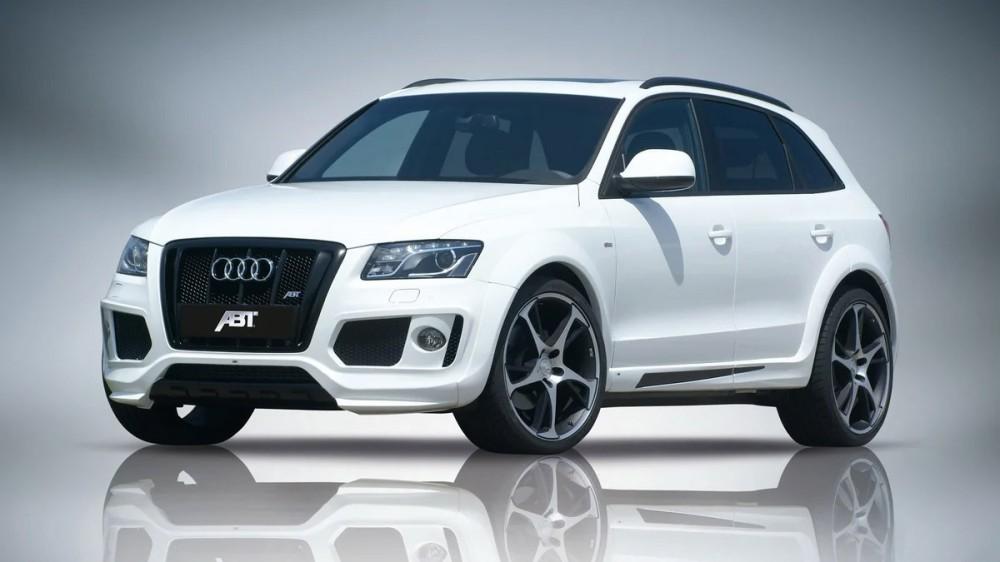 Белый Audi Q5