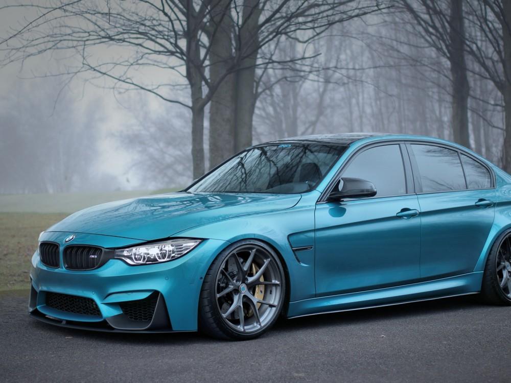 Машина BMW M3