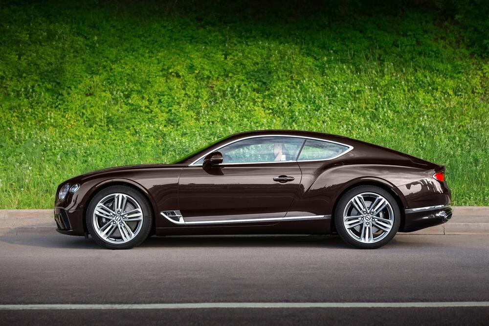 Bentley Continental коричневая