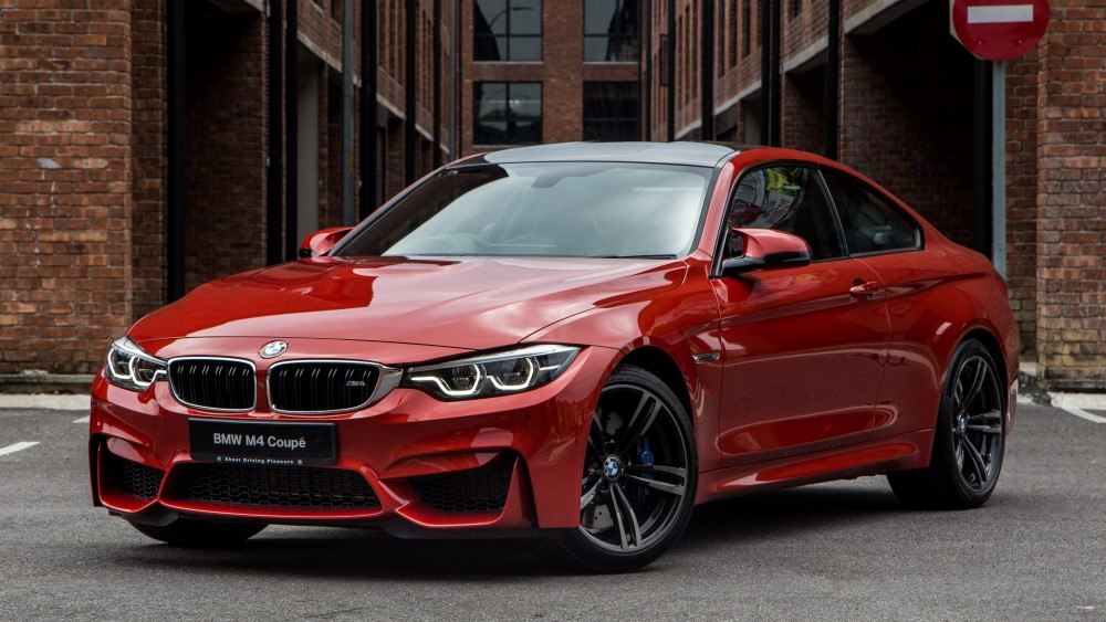 Машина BMW 4 Series
