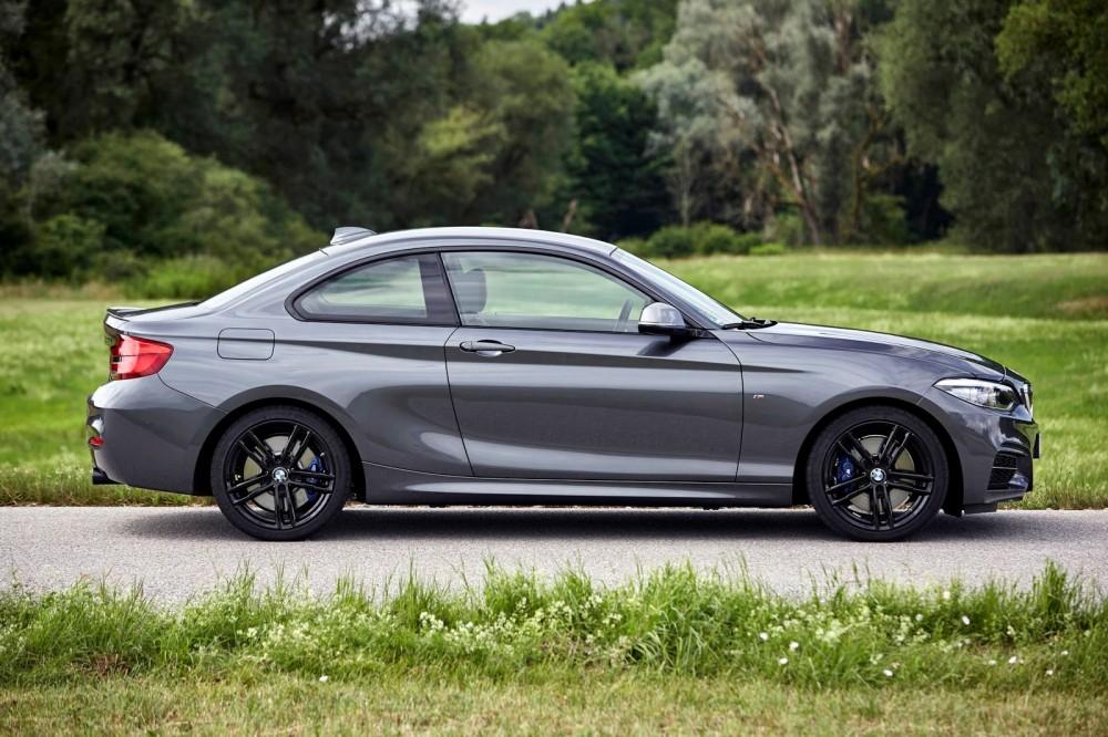 Купе BMW M240i