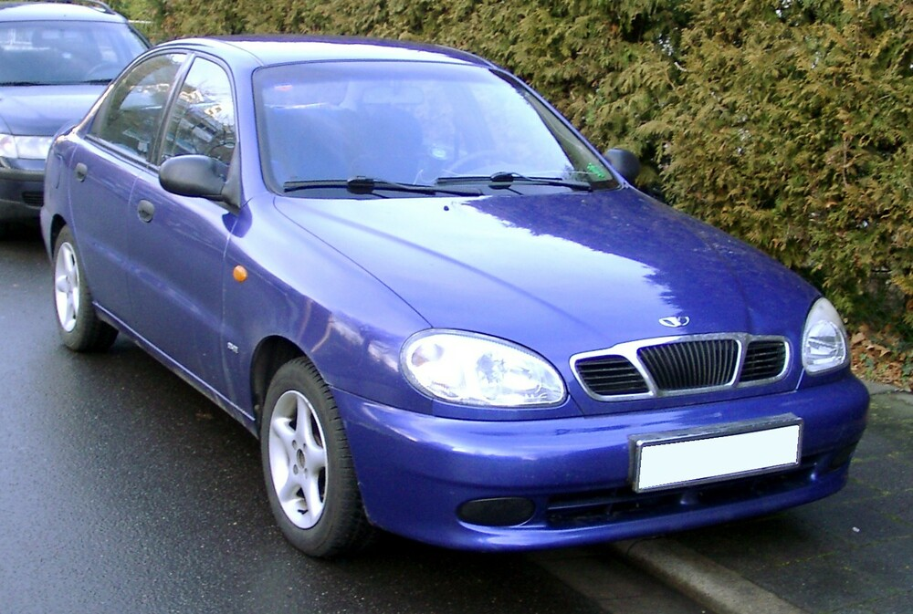 Chevrolet Lanos синий