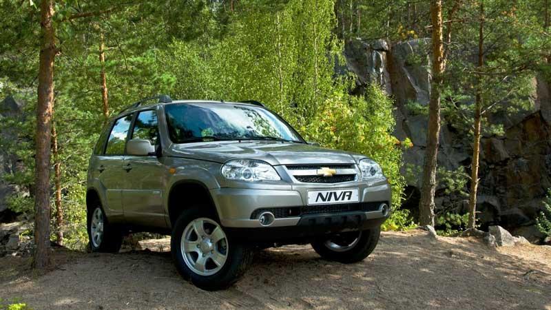 Chevrolet Niva на природе