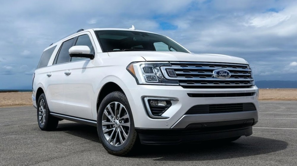 Ford Expedition 2019 белого цвета