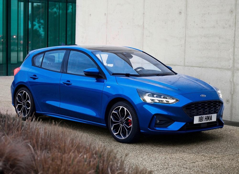 Ford Focus синий