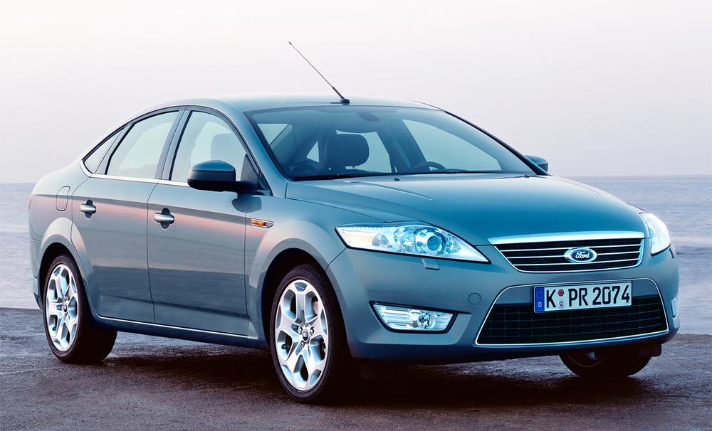 Ford Mondeo серый