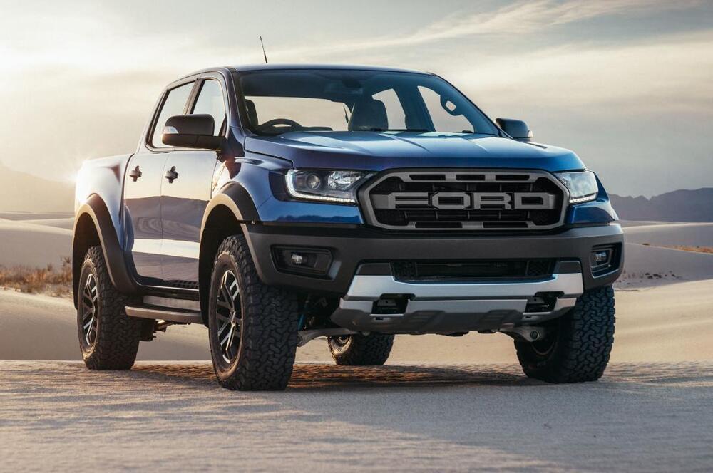 Ford Ranger синий
