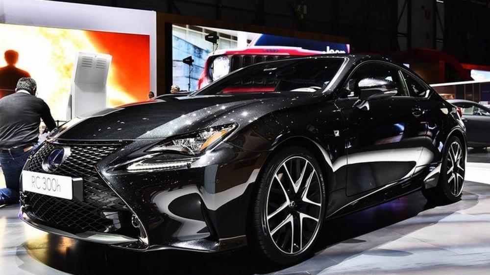 Купе Lexus RC 300 F Sport