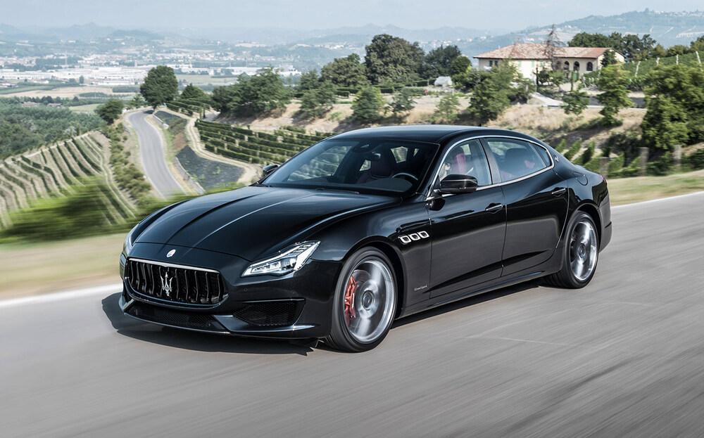 Maserati Quattroporte черный