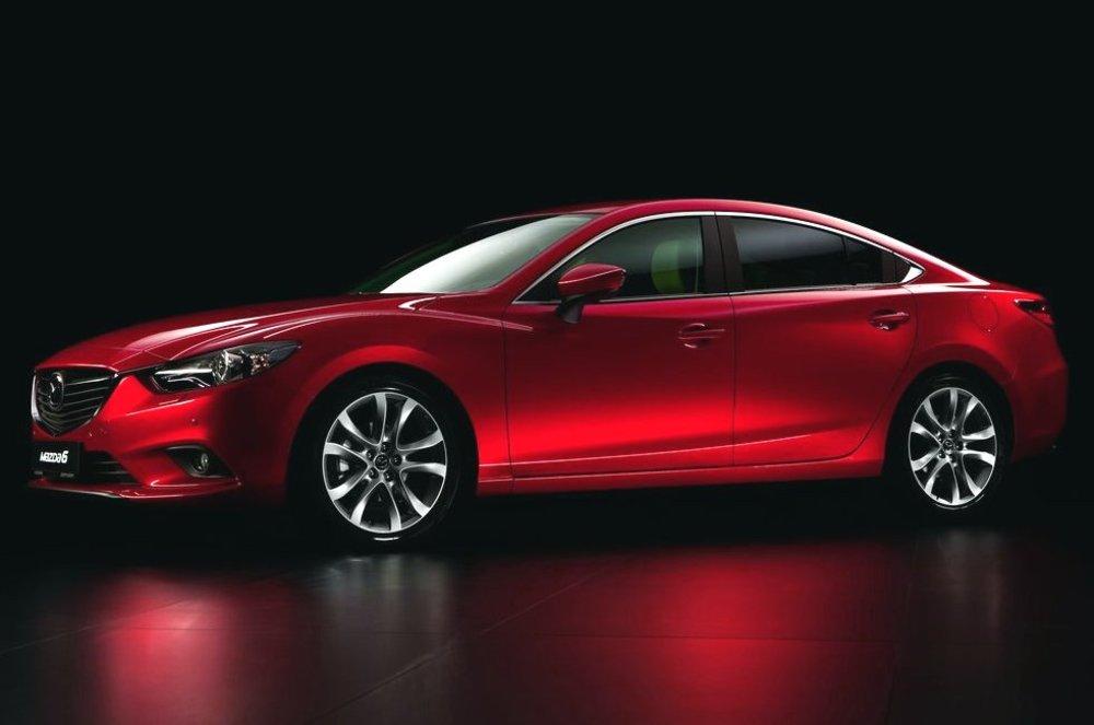 Mazda 6 красная