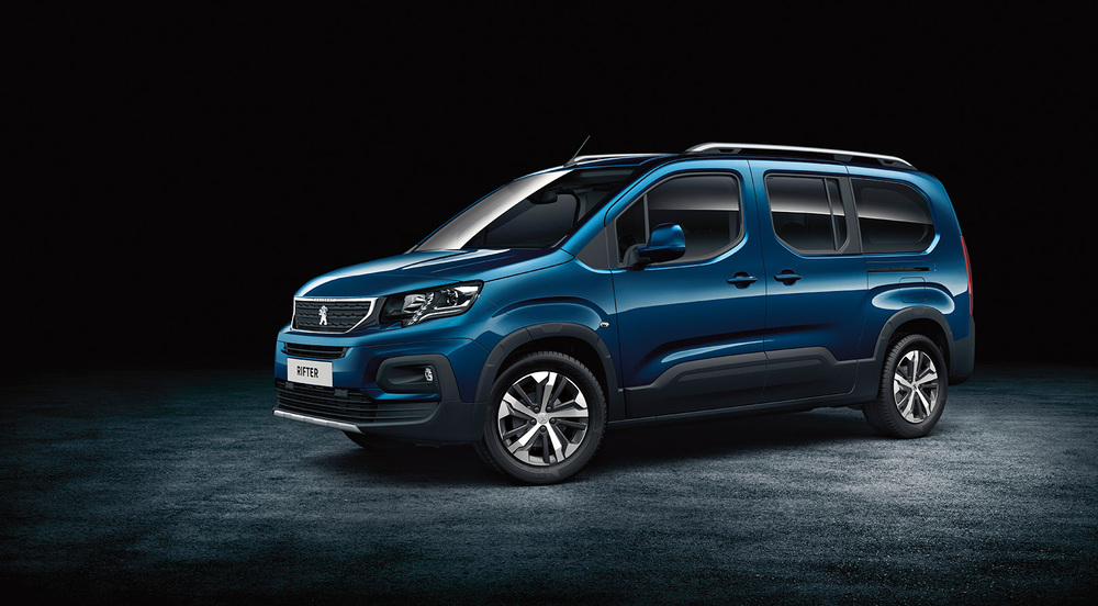 Peugeot Rifter синий