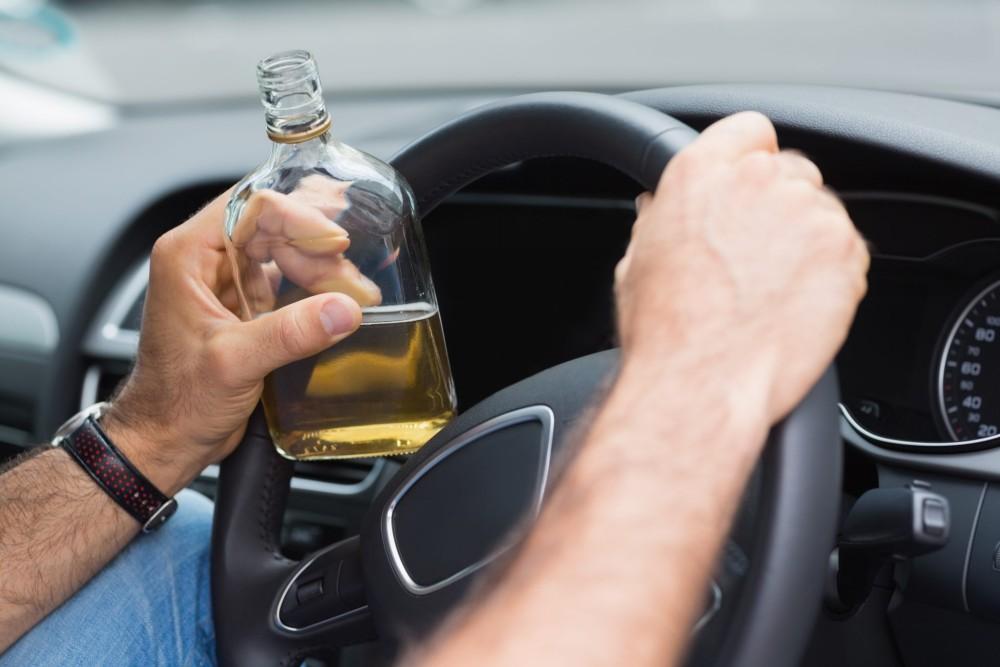 Водитель с алкоголем за рулём