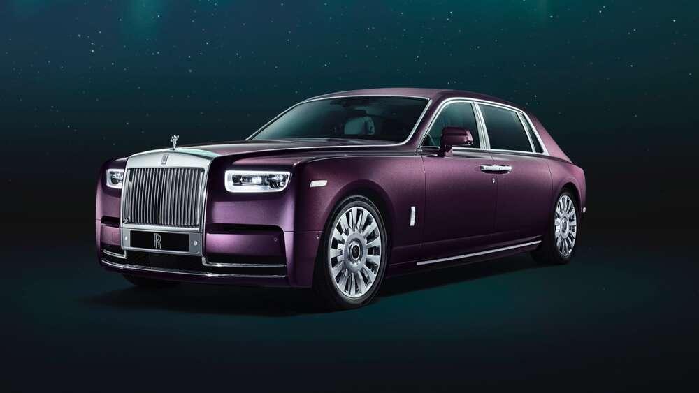 Rolls-Royce Phantom фиолетовый