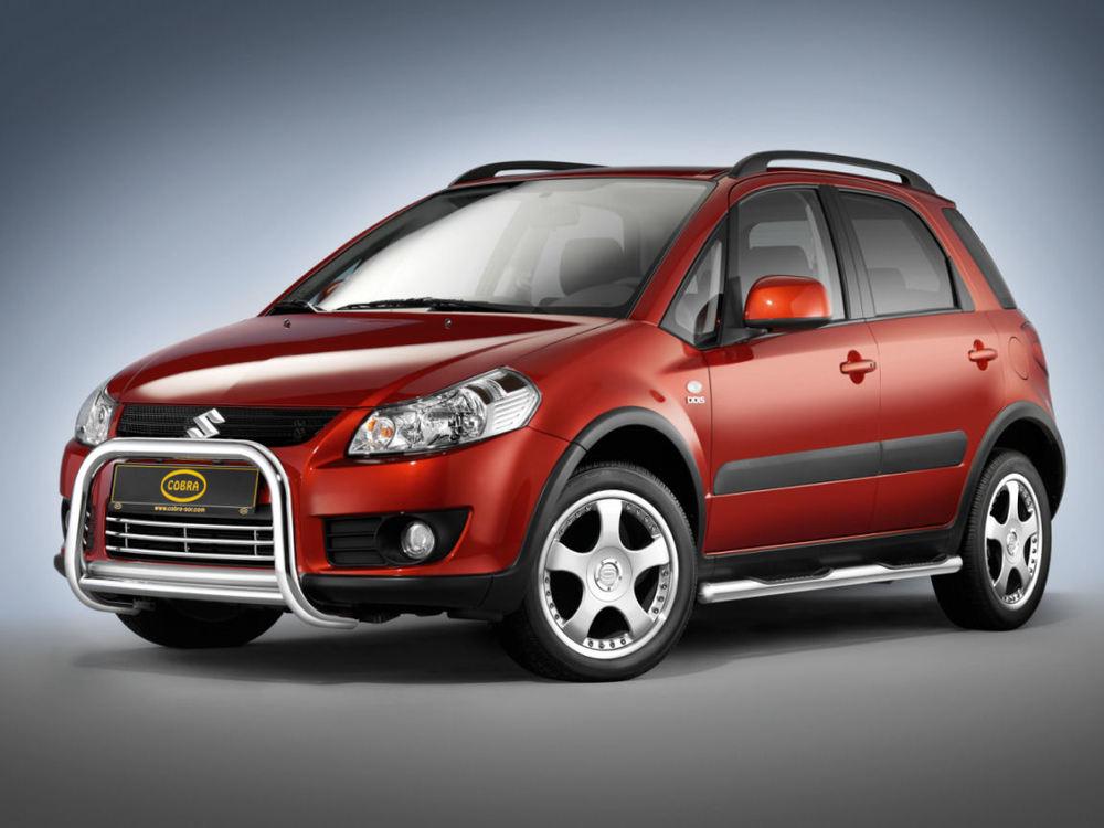 Suzuki SX4 красный
