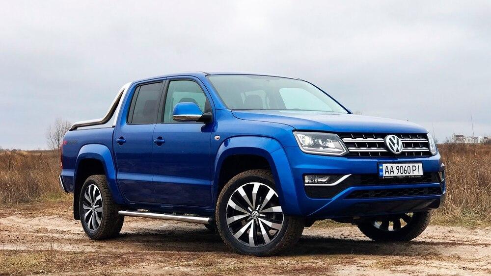 Volkswagen Amarok синий