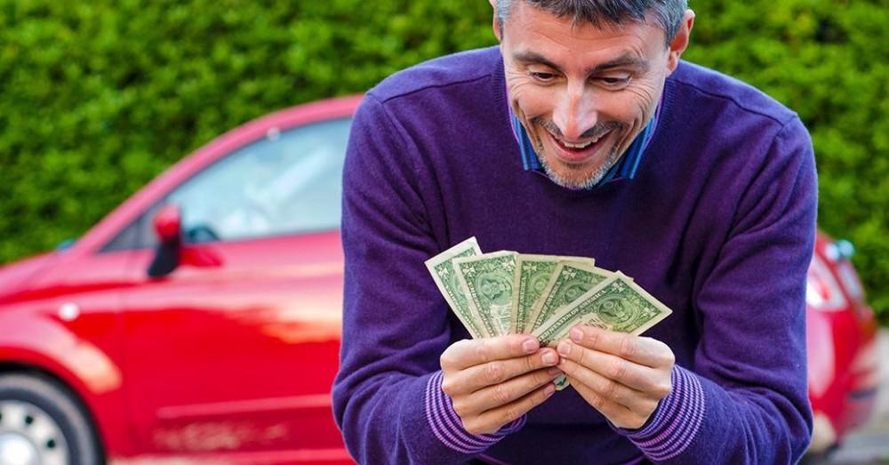 Продажа битого автомобиля с выгодой