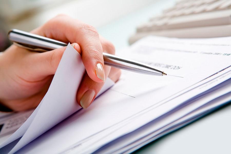 Подписание документов на аренду авто