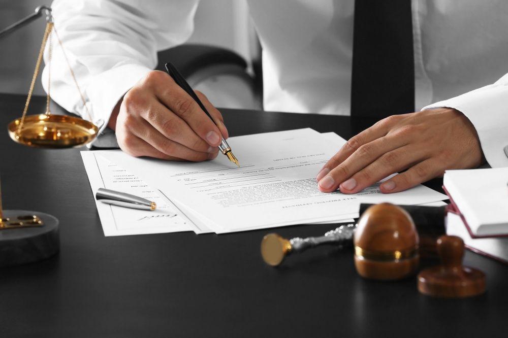 Подписание документов оценщиком наследства